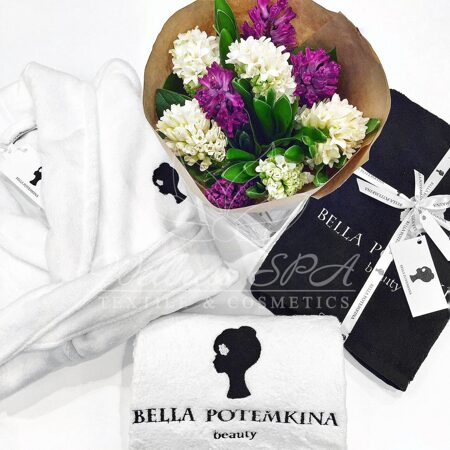 towels-and-bathrobes-with-the-logo-of-the-beauty-salon-of-bella-potemkina